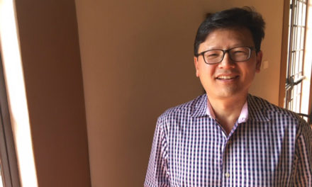 Dr. Carl Shin Takes Pains to Relieve Yours